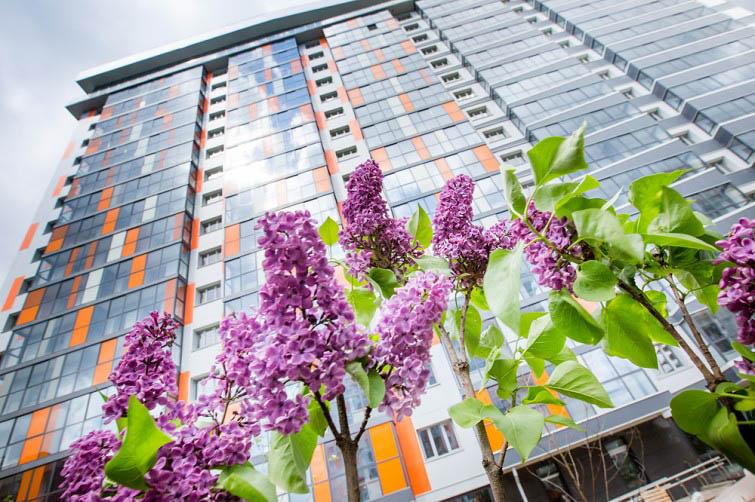 Лескова, 29, жилой комплекс «Оазис»