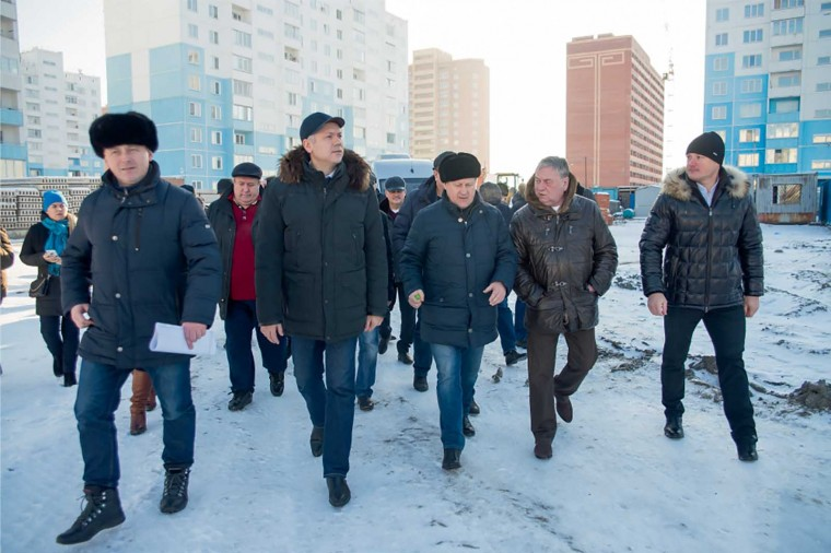 Руководители области и города осмотрели микрорайон «Чистая Слобода»