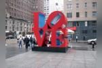 Инсталляция Love в Нью-Йорке