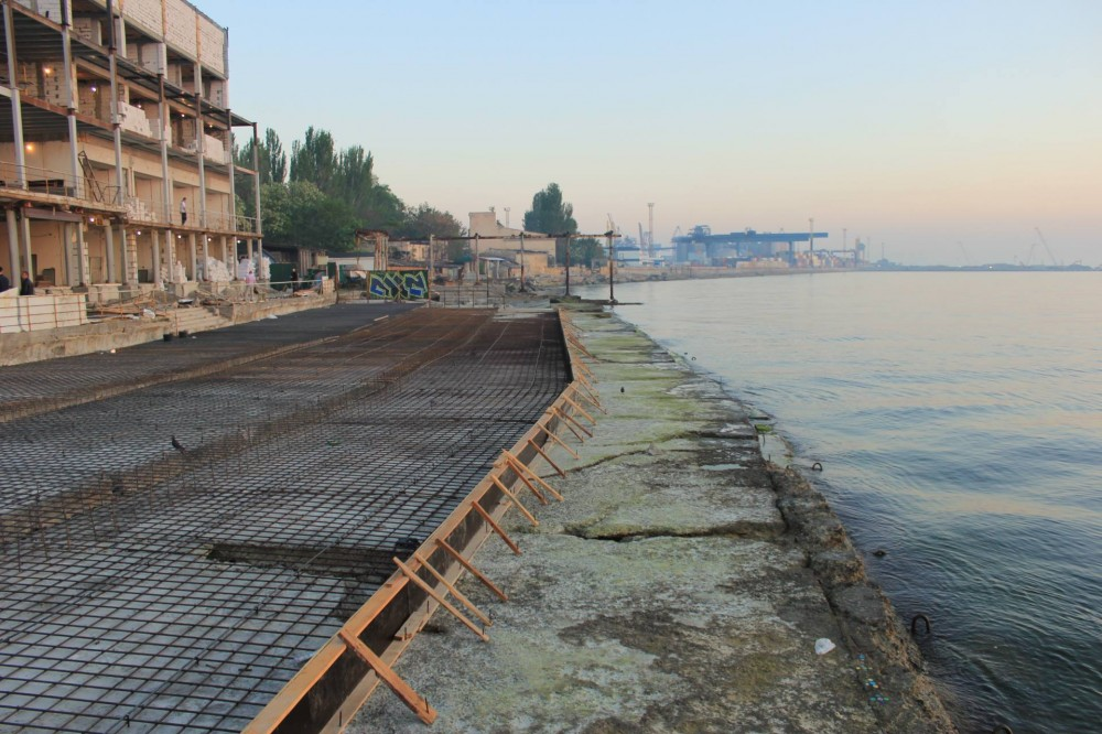 Берег Черного моря предложили очистить от жилья
