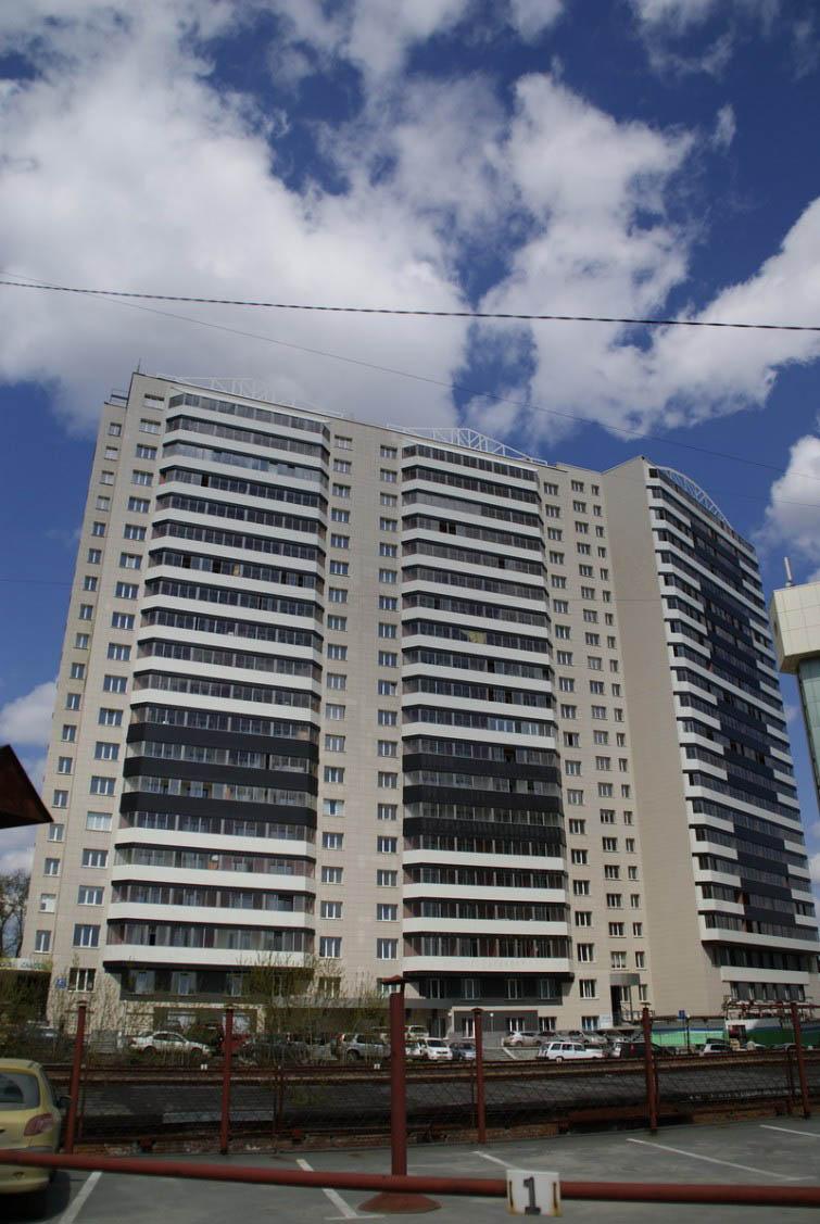 Орджоникидзе, 47, жилой комплекс «Родонит»