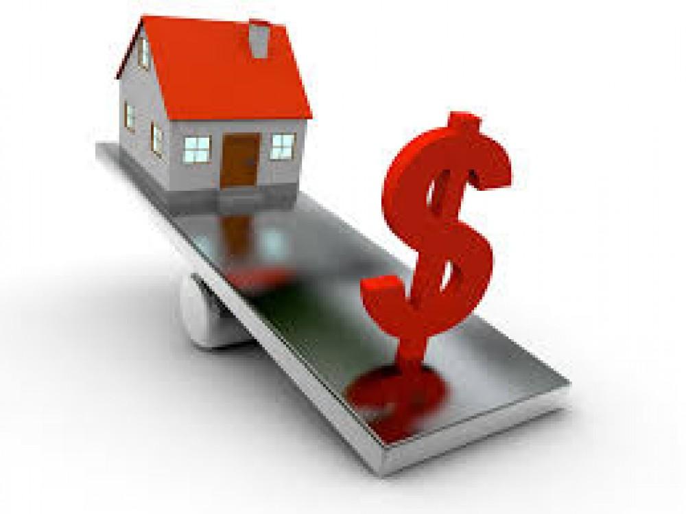 ЦБ: всего два человека оформили ипотеку в валюте в августе