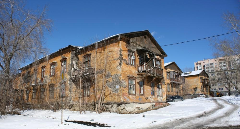 Медведев хочет расселять жителей ветхих и аварийных домов автоматически