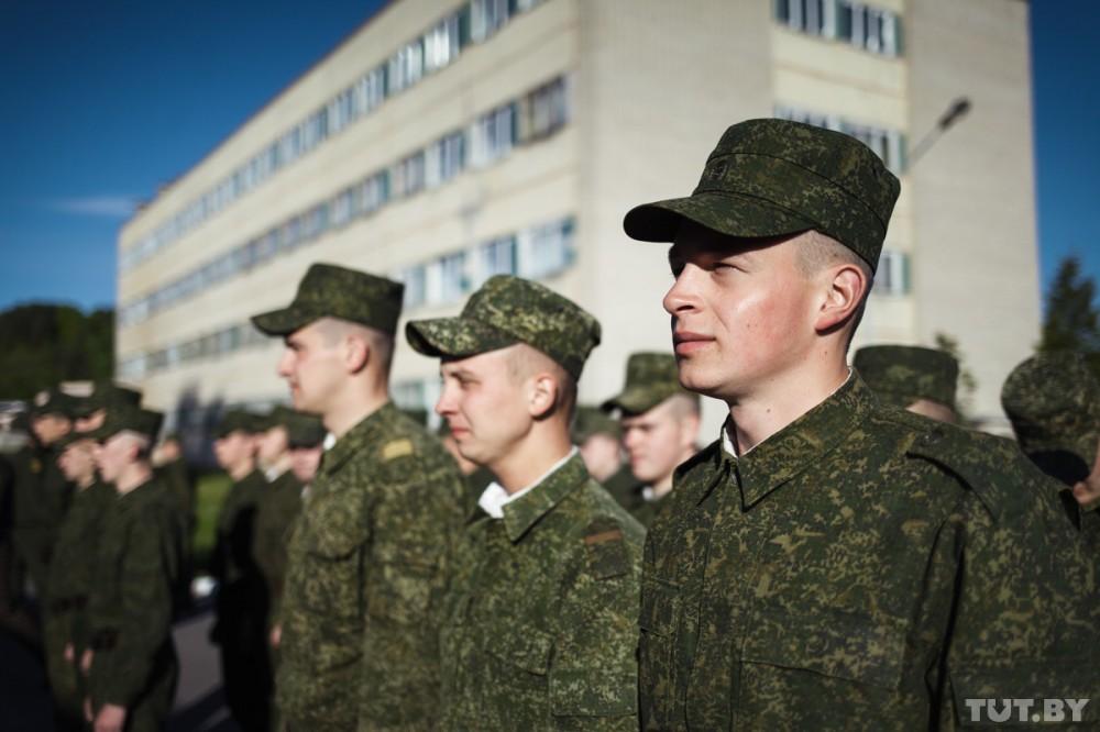 Свободные военные здания и жилые дома передадут регионам