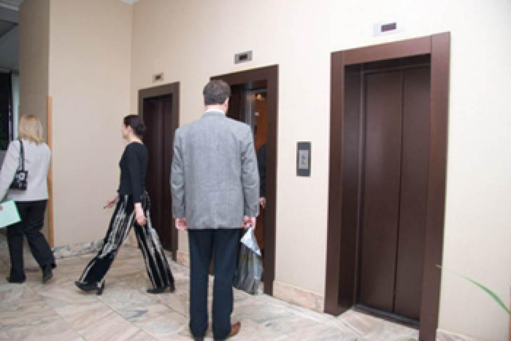 Проект, обязующий сообщать органам госконтроля о начале эксплуатации лифтов, внесен в ГД