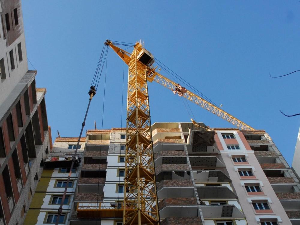 Число проблемных объектов долевого строительства в РФ выросло вдвое