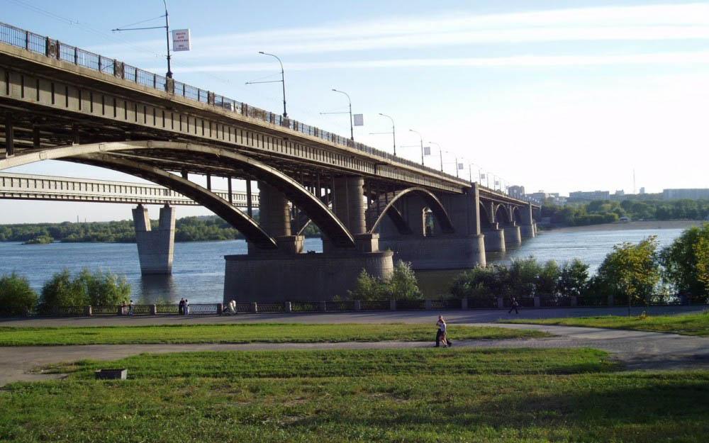 Работы по реконструкции Михайловской набережной завершатся в октябре