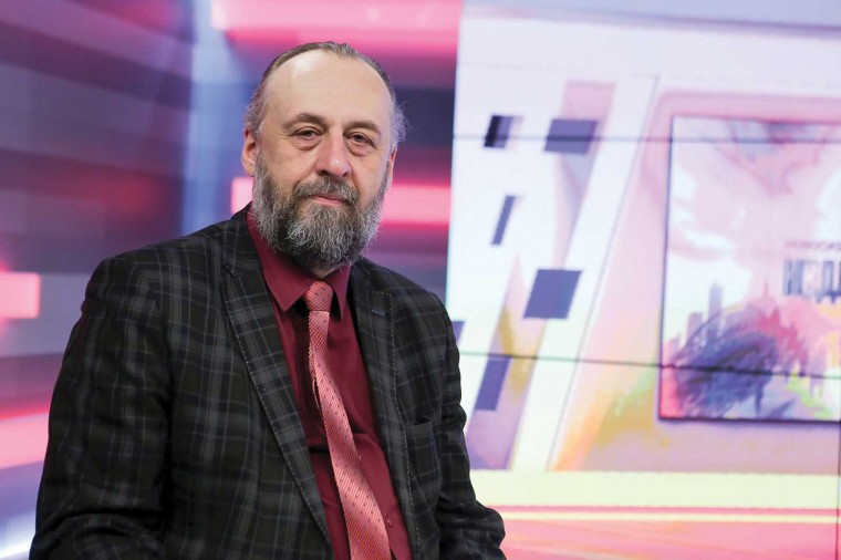 Александр Ложкин: «Нельзя ставить памятники фигурам, в отношении которых отсутствует общественное согласие»
